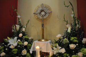 eucaristia-jornada-de-oracion-radio-estrella-del-mar